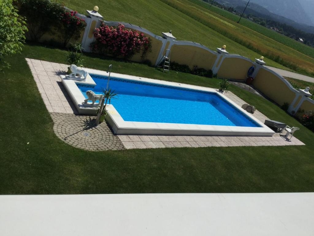 A view of the pool at Appartements Panorama Schlössl or nearby