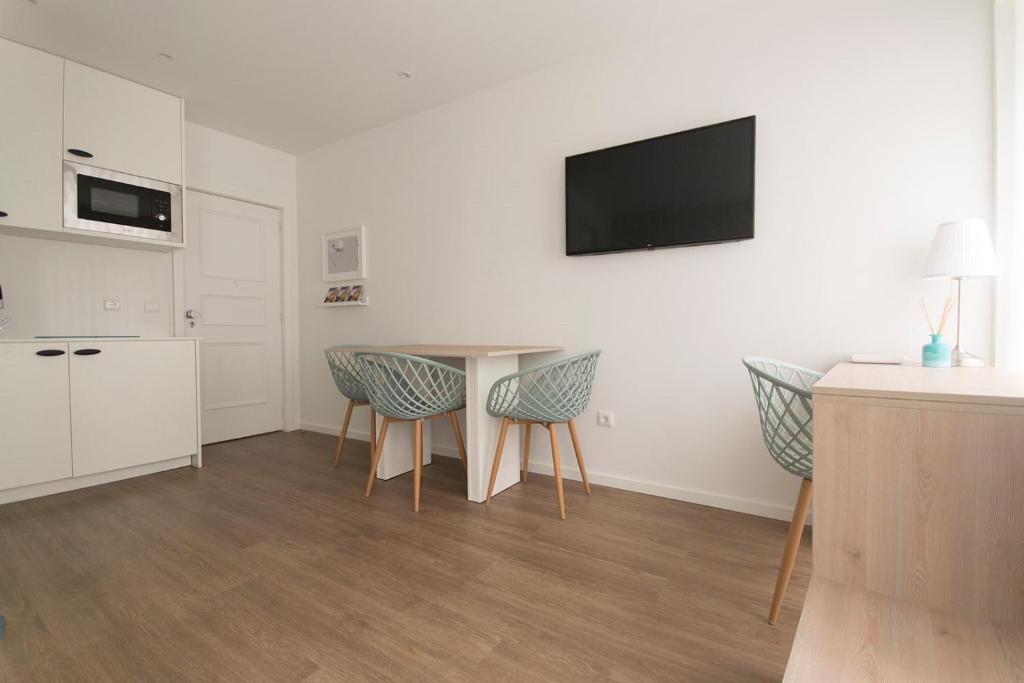 Mobili Porta Tv Lc.Apartment L C Studio Guimaraes Portugal Booking Com