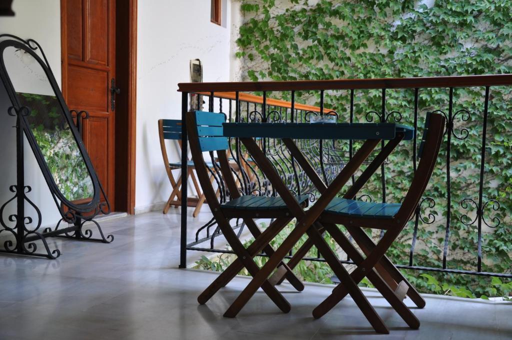 Балкон или терраса в Sibel Pension