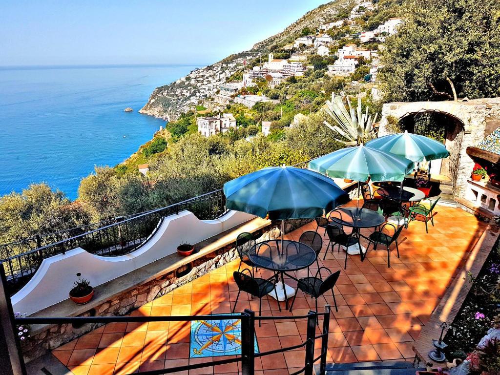 Appartamento Le Terrazze Del Duca Italia Furore Booking Com