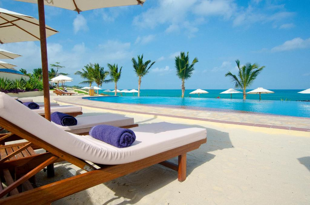 Bazén v ubytovaní Sea Cliff Resort & Spa alebo v jeho blízkosti