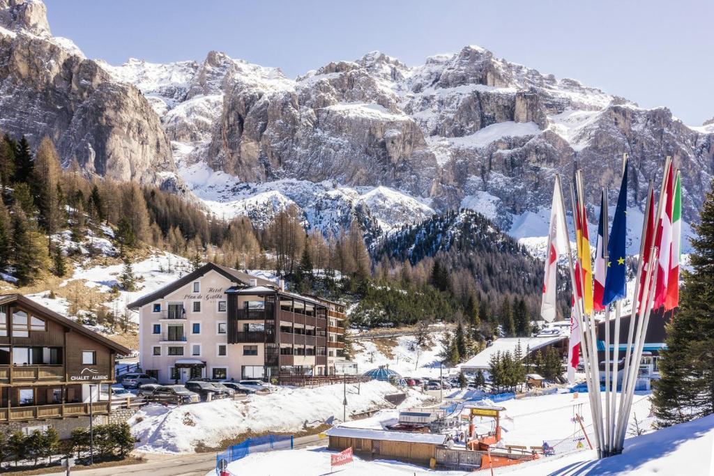 Hotel Plan De Gralba during the winter