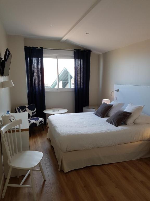 Hôtel Au Bon Coin Biarritz France Booking Com