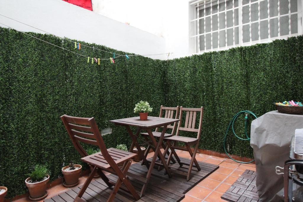 Apartamento Con Terraza Al Lado De La Playa Valencia Spain