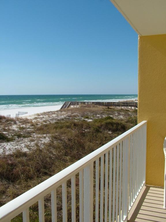 Gulf Dunes 207