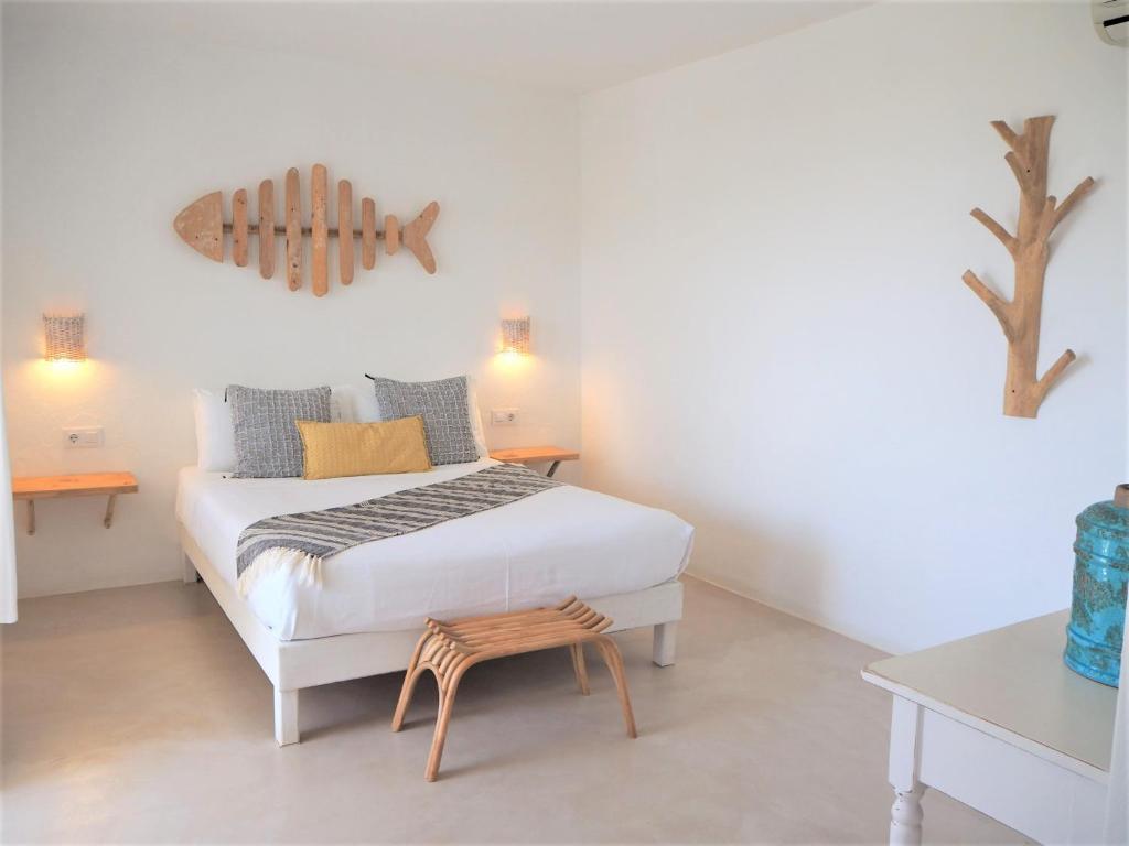 A bed or beds in a room at Apartamentos Estel