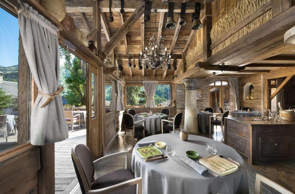 Hotel Restaurant La Bouitte Relais Chateaux 3 Etoiles