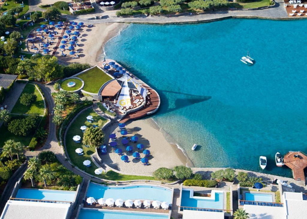 منظر إيلوندا باي بالاس، عضو الفنادق الرائدة في العالم من الأعلى