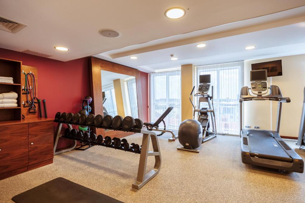 Фитнес-центр и/или тренажеры в Hilton Garden Inn Krasnodar