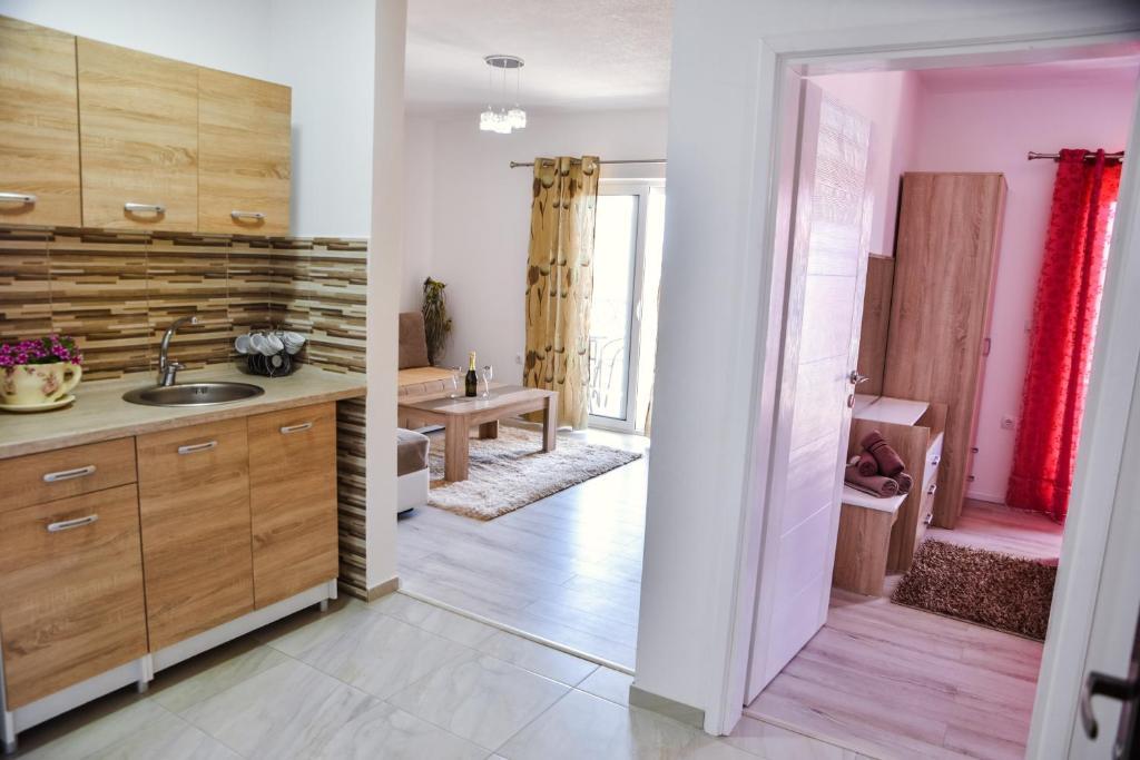 Cara Membuat Taman Kecil Di Depan Rumah  apartments melina ulcinj harga terkini 2019
