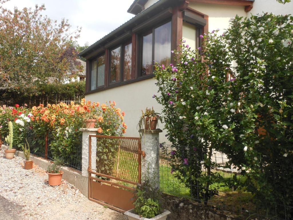 Apartments In Vitrac Auvergne