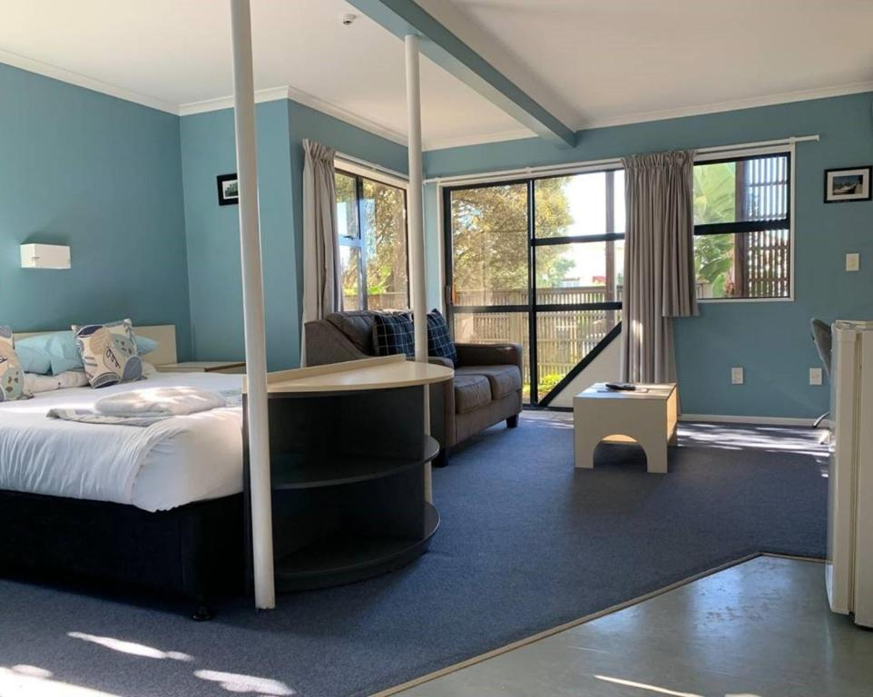 Wrights by the Sea Motel