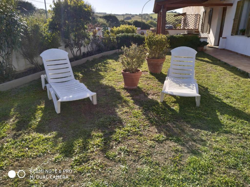 Docce Per Esterni E Giardini appartamento grande giardino con veranda e barbecue,doccia