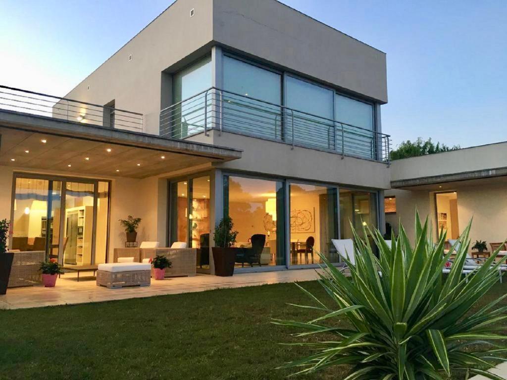 Villa de Lujo en Campo de Golf Peralada, Peralada – Updated ...