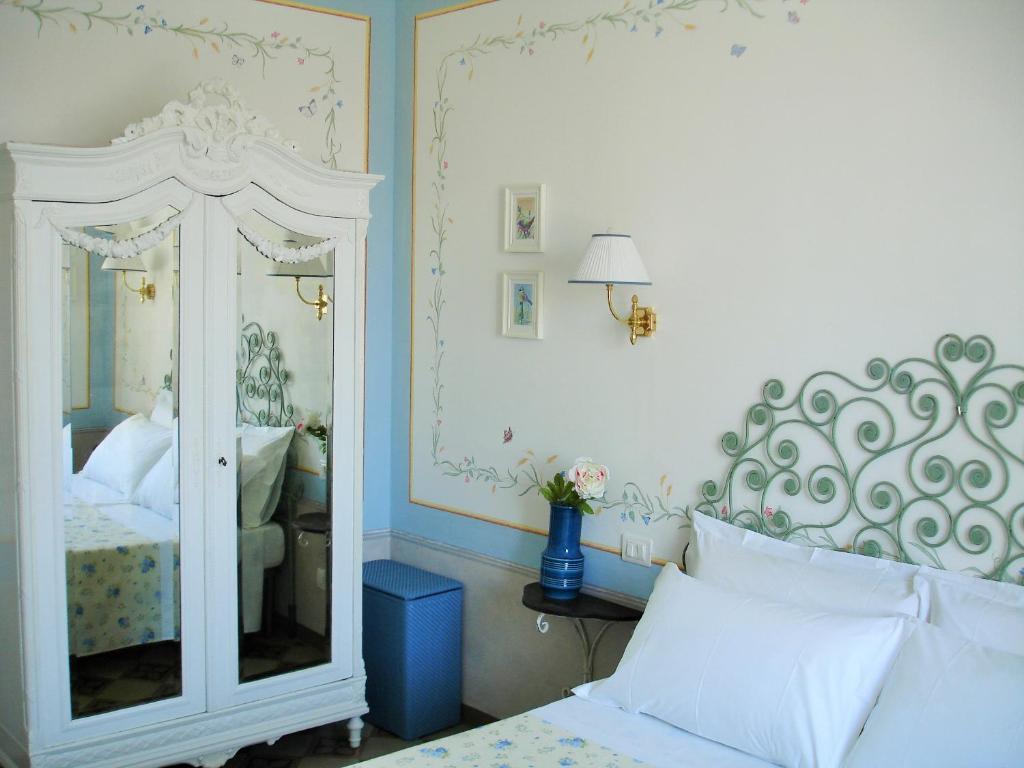 Nuove Pitture Per Appartamenti apartment amore materno, lucca, italy - booking