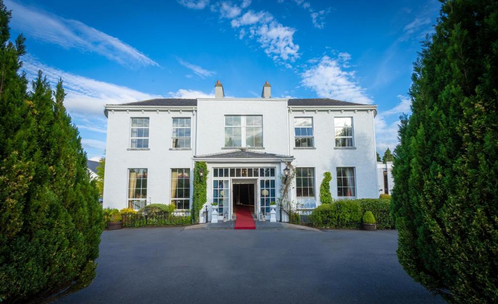 398 Verified Hotel Reviews of Deebert House Hotel | Booking
