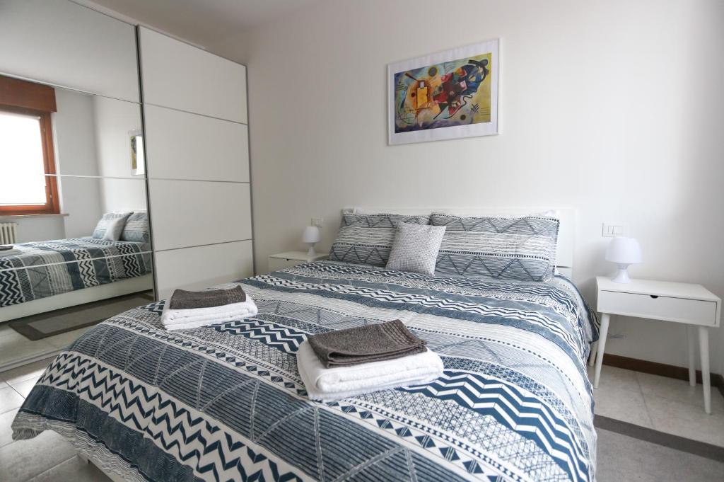 MV Yellow Apartment, Verona – Prezzi aggiornati per il 2019