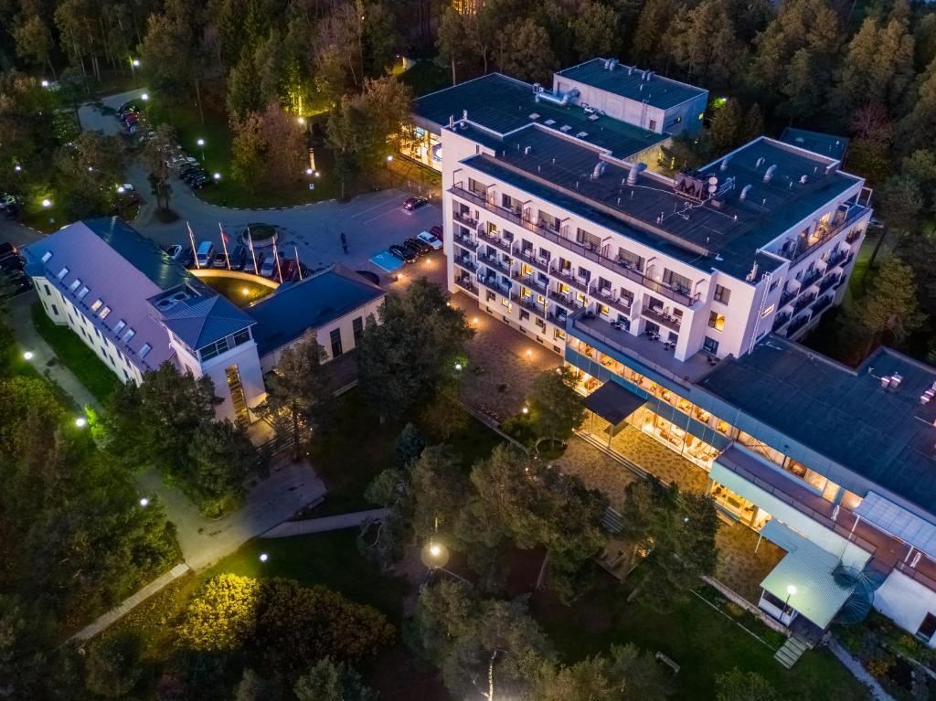 Vaade majutusasutusele Hestia Hotel Laulasmaa Spa linnulennult