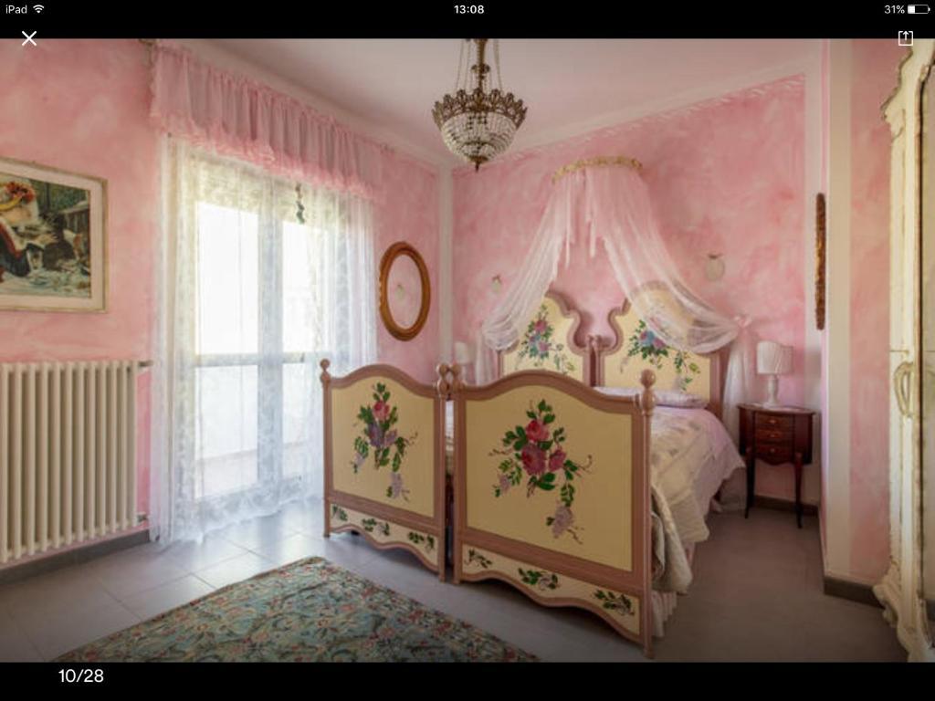 Via Durighello Desenzano Del Garda le bouganville apartment, desenzano del garda, italy