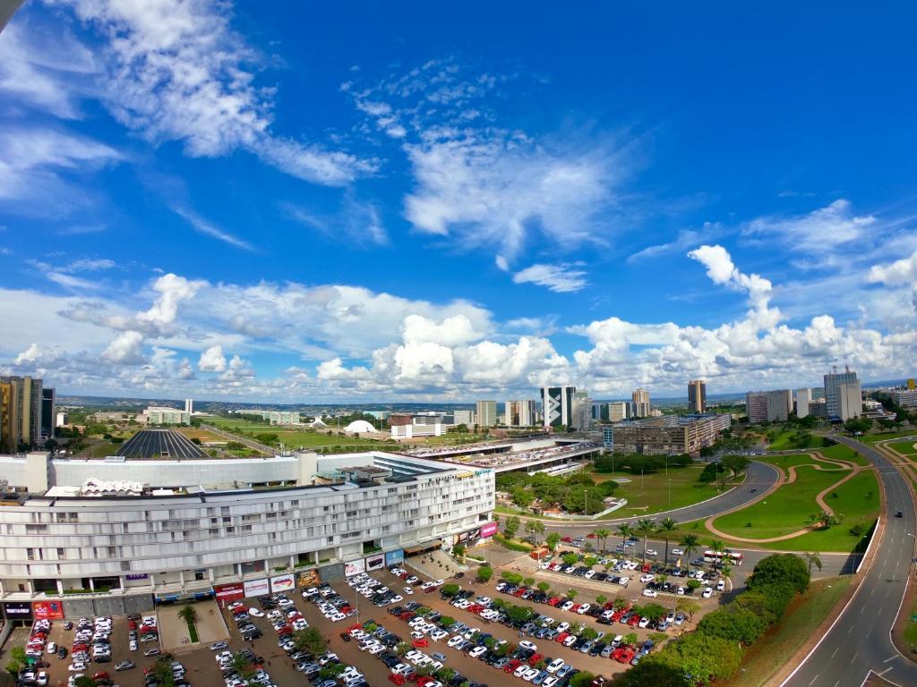A bird's-eye view of Saint Moritz com vista espetacular de Brasília