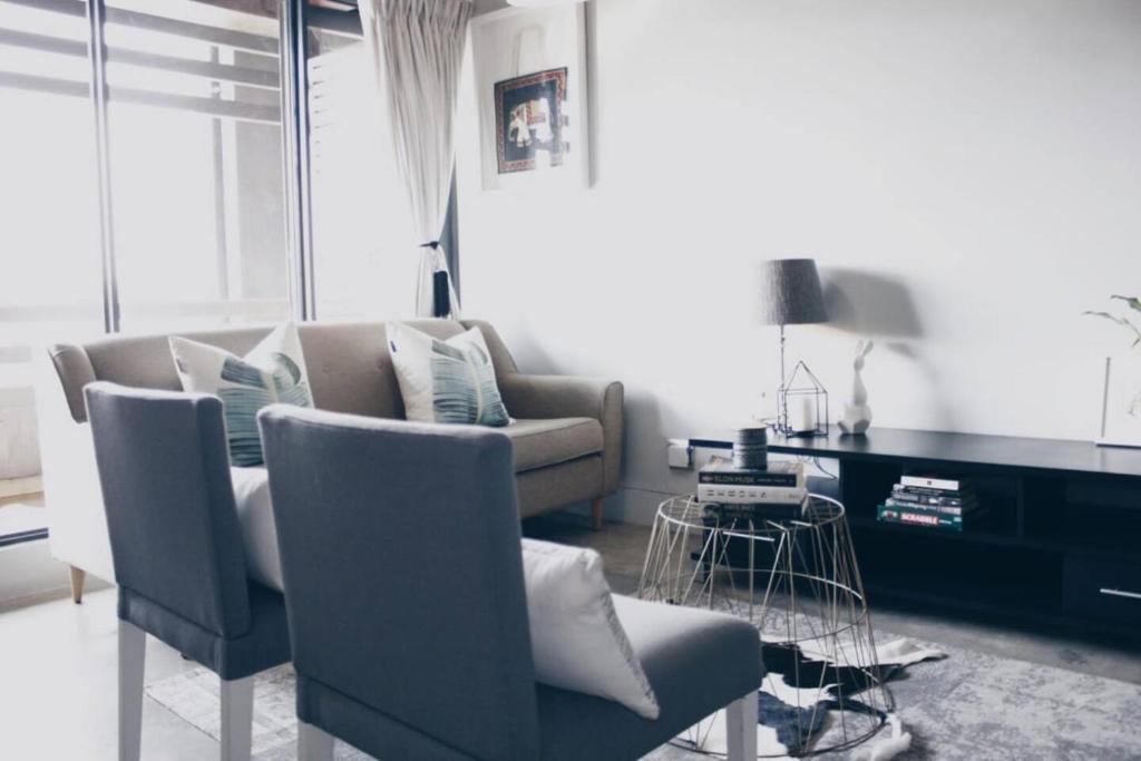Upmarket Apartment In Trendy Maboneng Johannesburg South