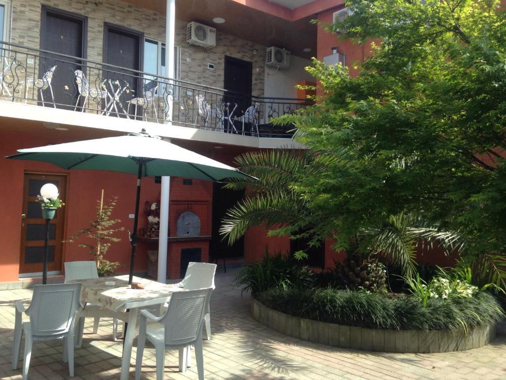 encontrar el precio más bajo descuento especial de seleccione para el más nuevo Nikas Guest House, Batumi, Georgia - Booking.com