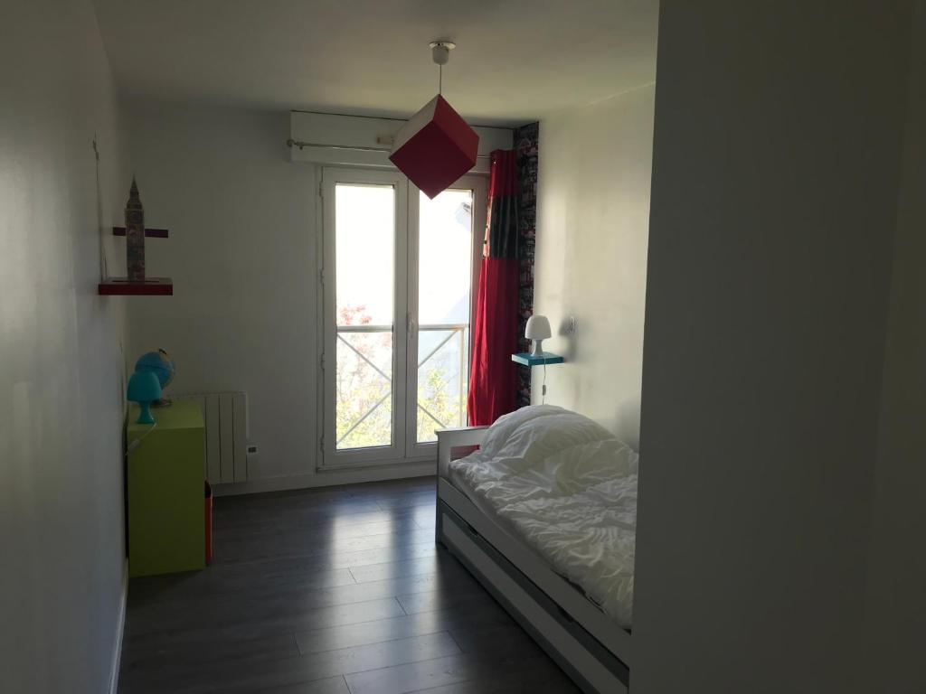 Les 4 Pieds Rouen apartment rouen - vieux marché, france - booking