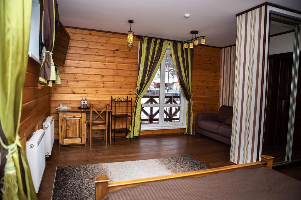 Гостиная зона в Ручьи уДачи