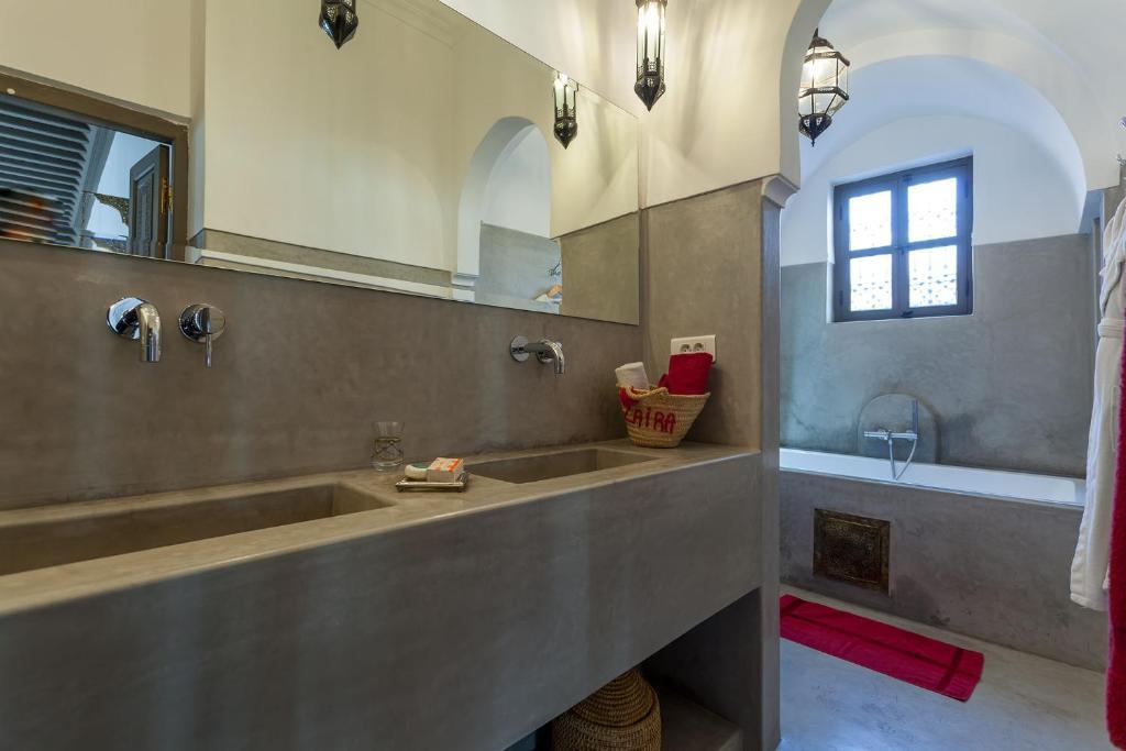 Booking.com: Riad Jardin Des Sens , Marrakesch, Marokko ...