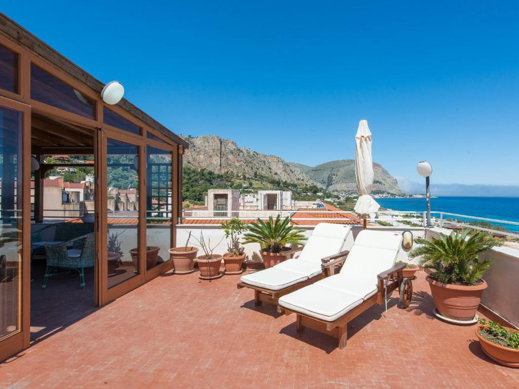 Casa Con Terrazza Sul Mare All Addaura Palermo Prezzi
