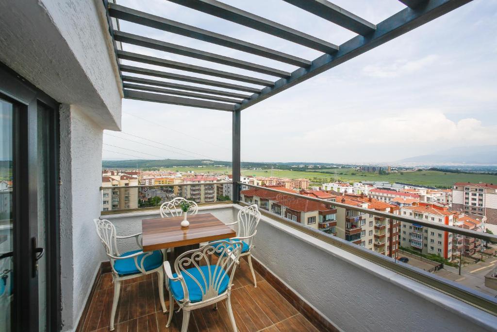 شرفة أو تراس في Kavala Hotel