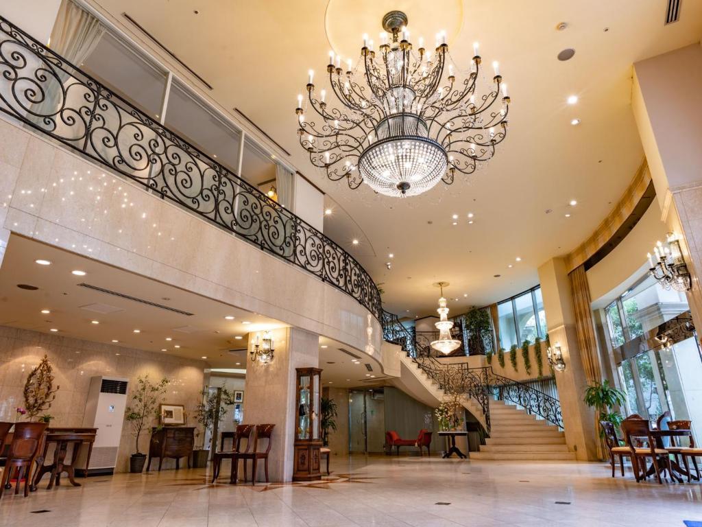 Area lobi atau resepsionis di Shonan Crystal Hotel