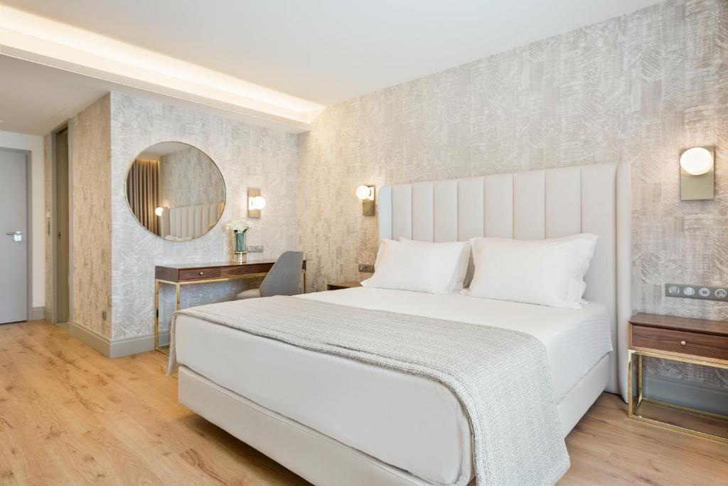 Hotel Acta The Avenue (Portugal Oporto) - Booking.com