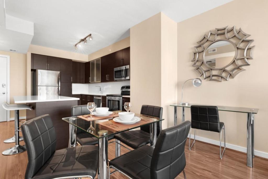 Global Luxury Suites at Metropolitan North