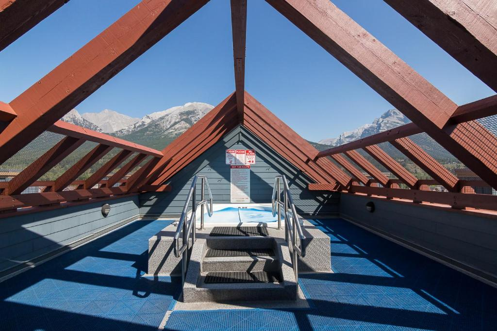 The swimming pool at or near Canmore Crossing Condo with Rooftop Hot Tub