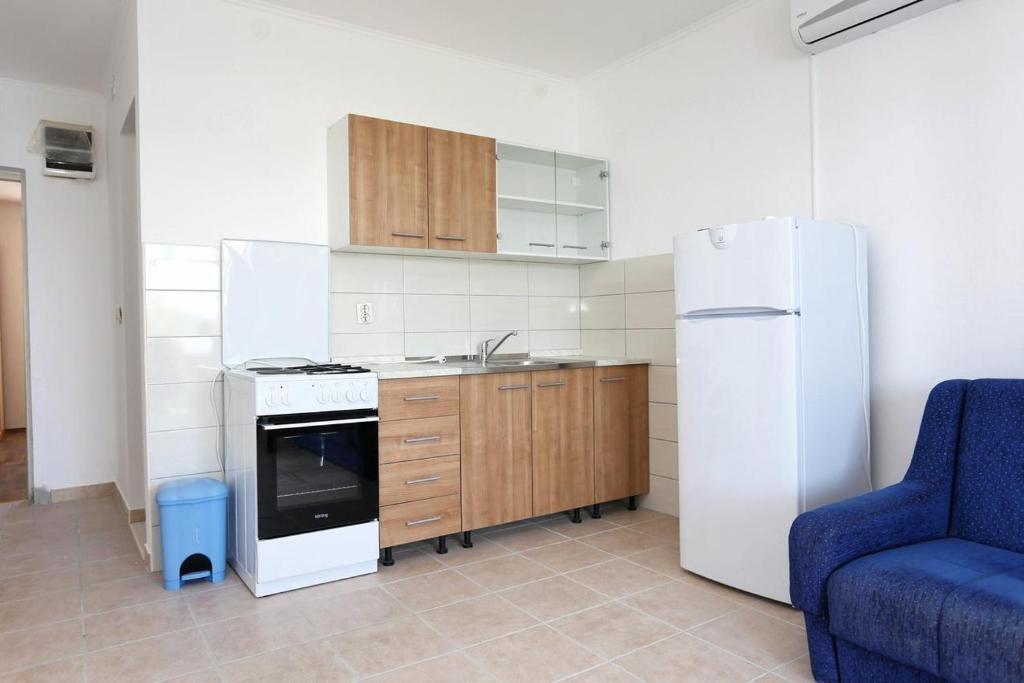 Apartment Pjestata 10210a