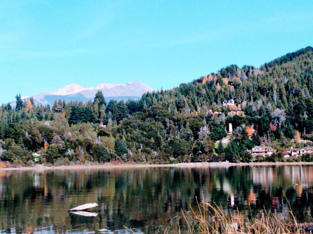 Fabula Lake House