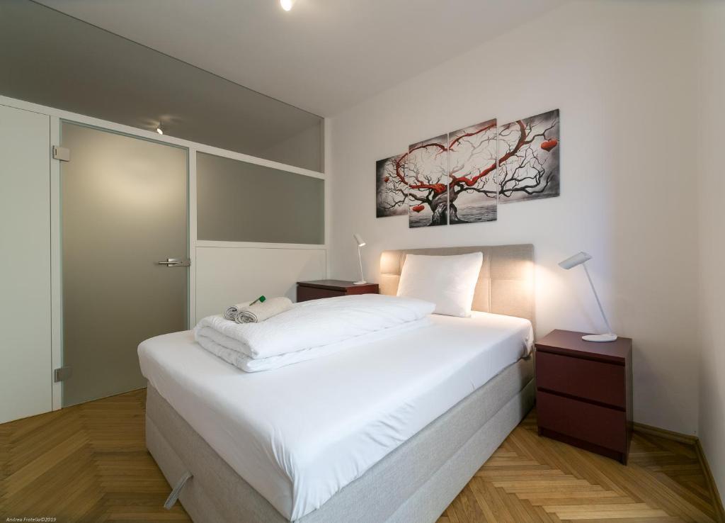 Letto Matrimoniale A Bolzano.Apartment Duomo Bolzano Italy Booking Com