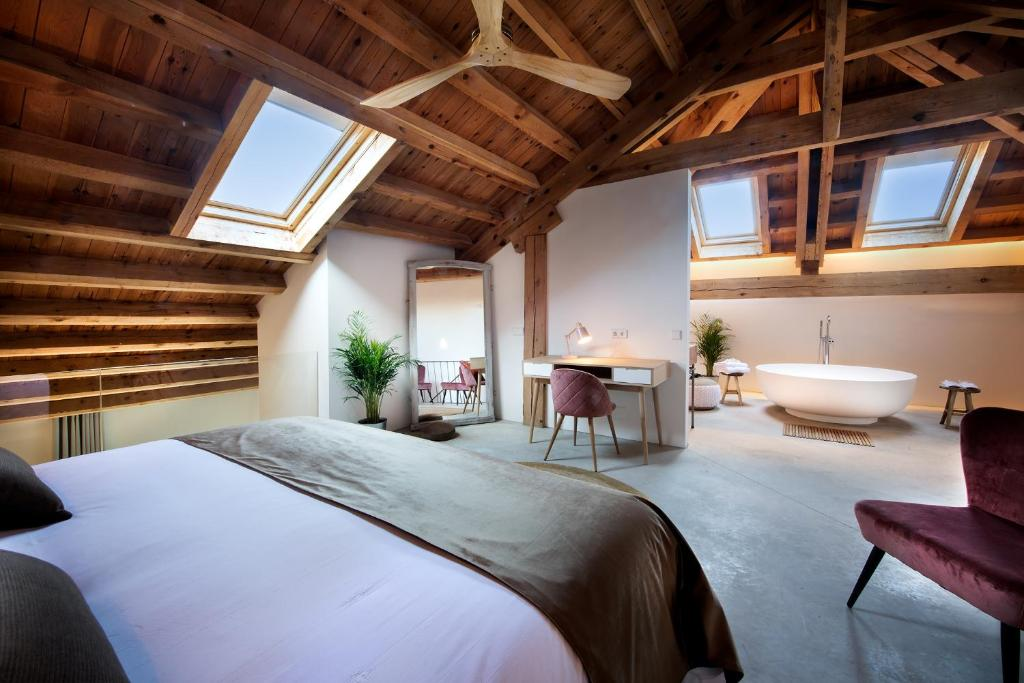 boutique hotels in palencia  135