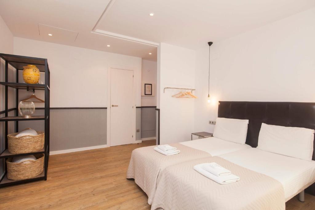 Lodging Apartments Liceu Barcelona