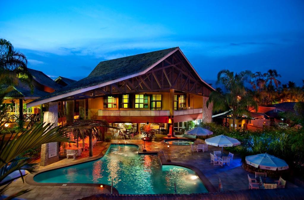 일야 플랫 호텔 내부 또는 인근 수영장