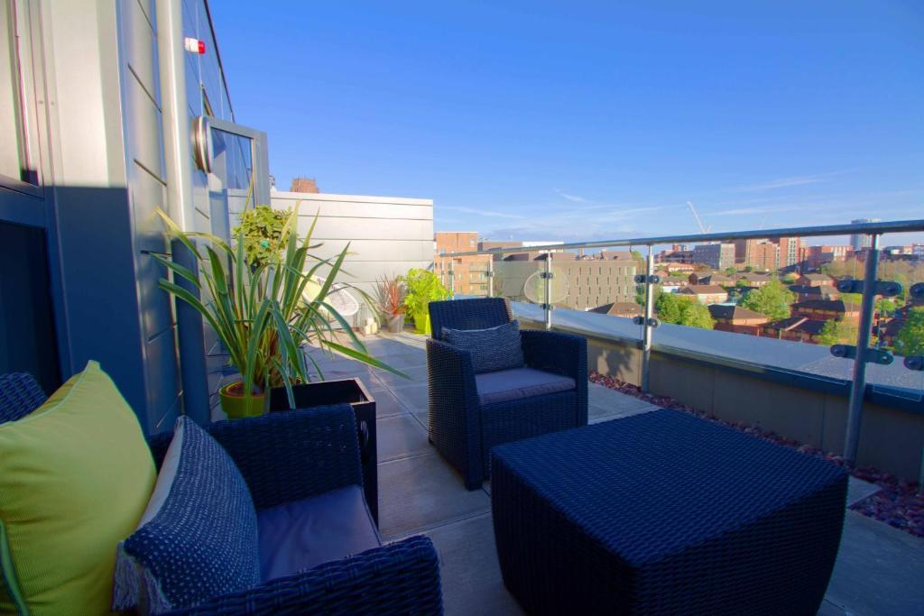 Ein Balkon oder eine Terrasse in der Unterkunft Chavasse Apartments