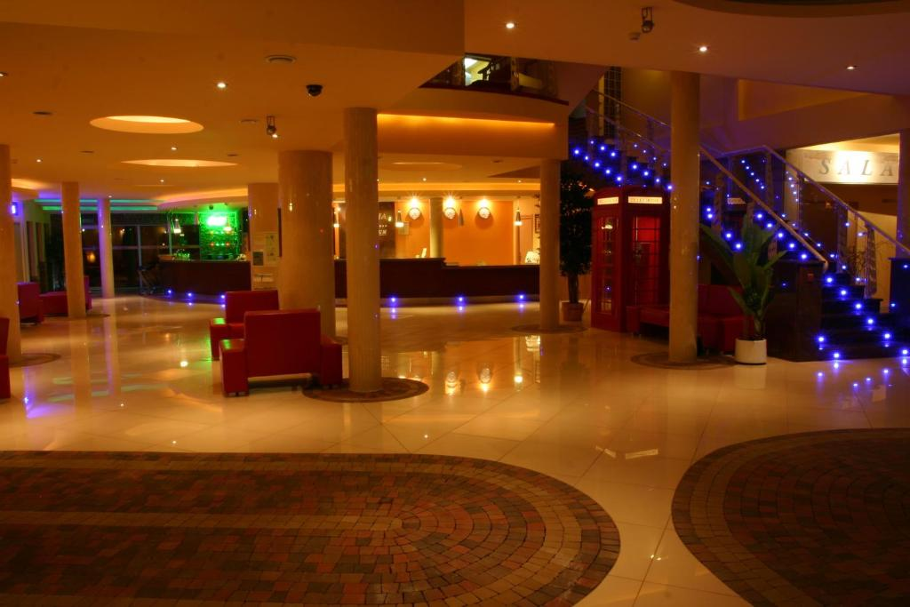 The lobby or reception area at Hotel Imperium