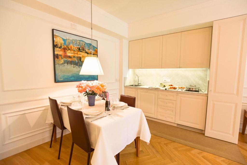 Borgolago Suites
