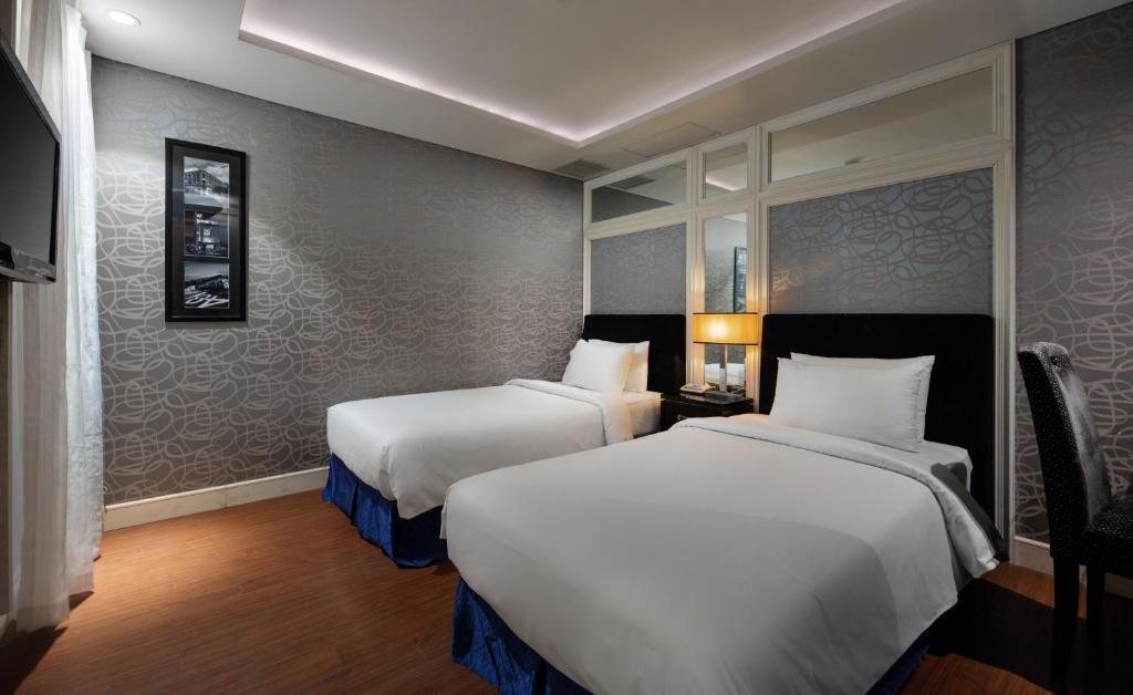 Church Boutique Hotel - Hang Ca