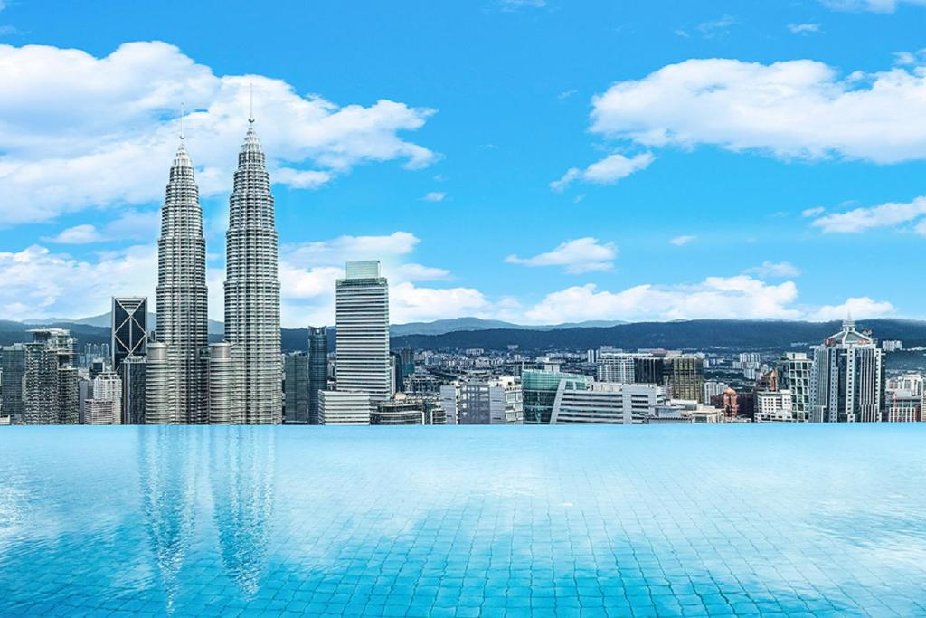The swimming pool at or near Luxury Homes Platinum Suites KLCC