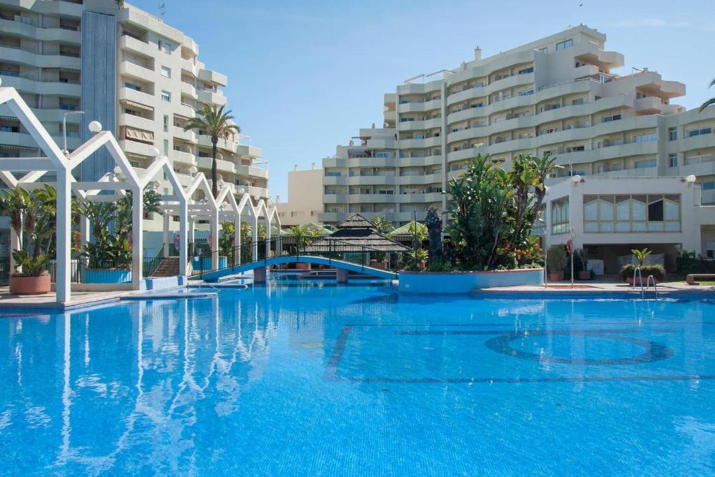 Apartamento en BenalBeach, Benalmádena, Spain - Booking.com