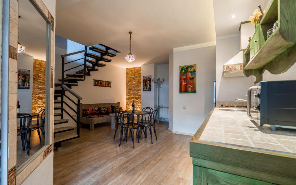 No12 Apartment