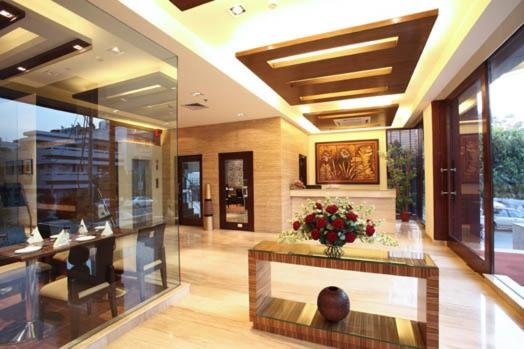 The lobby or reception area at Indus Biznotel