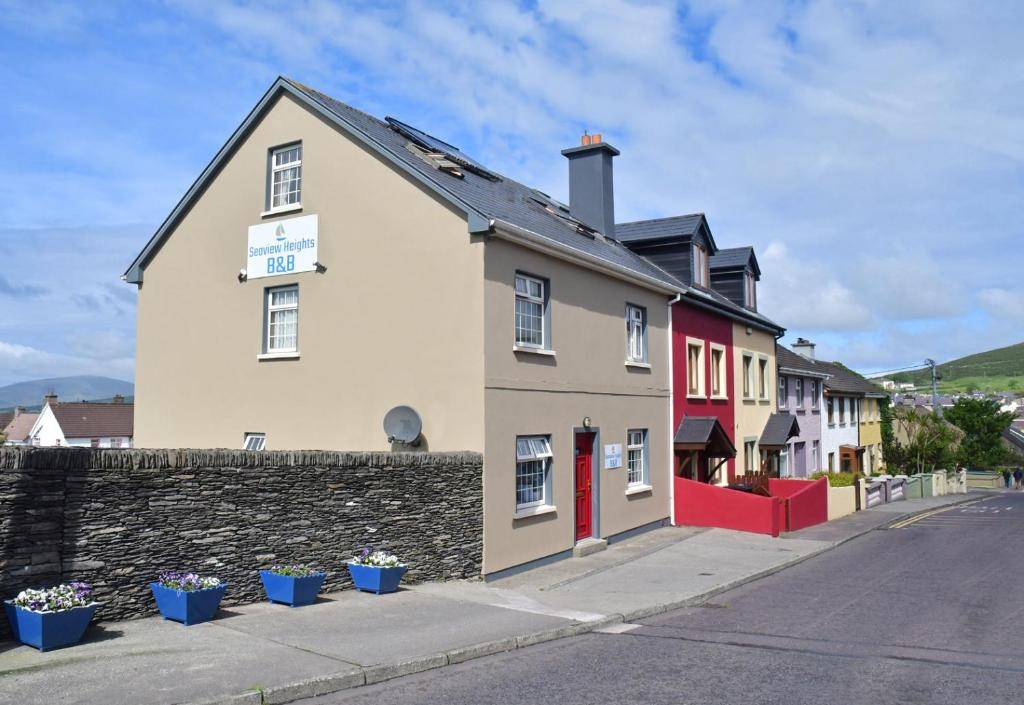 Online Chat & Dating in Dingle | Meet Men & Women in Dingle